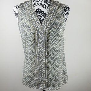 Women's Banana Republic xs sheer Sleveless blouse